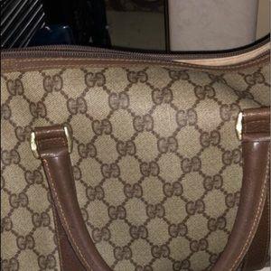 Gucci monogram purse (AUTHENTIC)